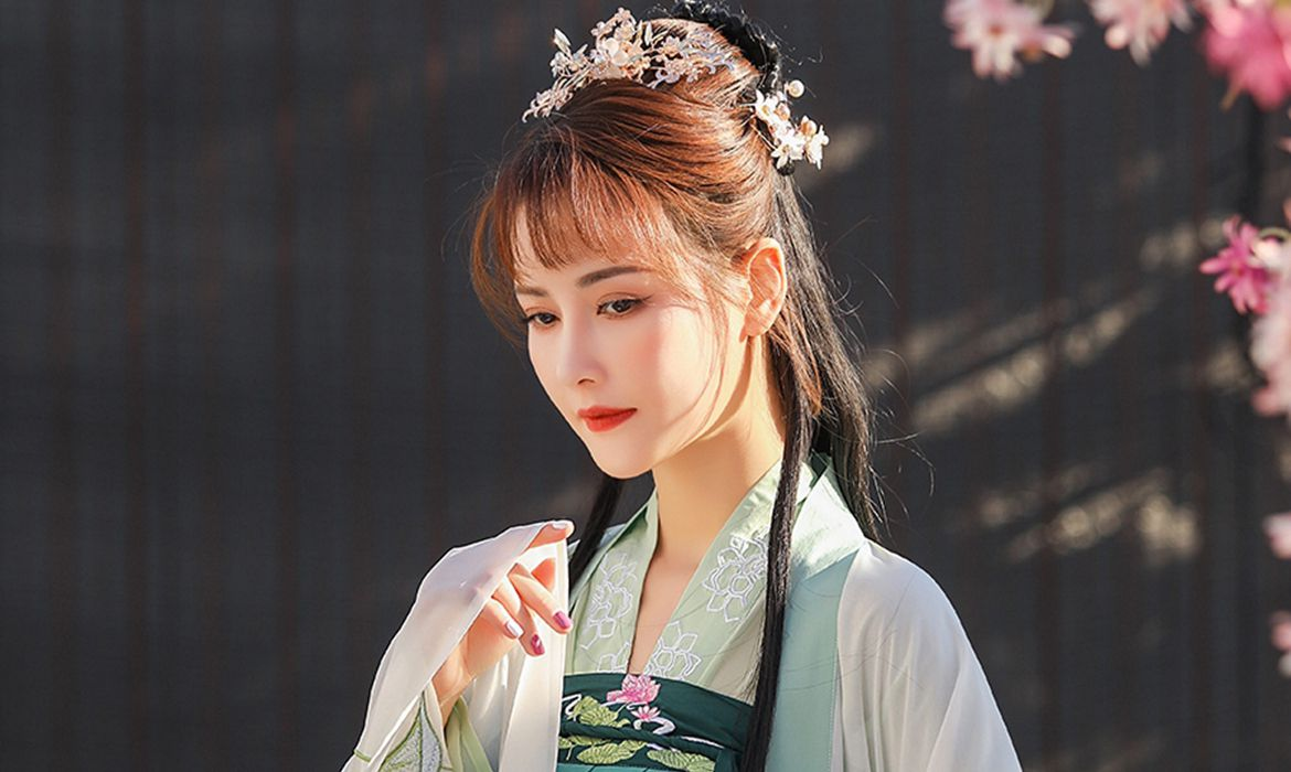 What are the styles of women's Hanfu?