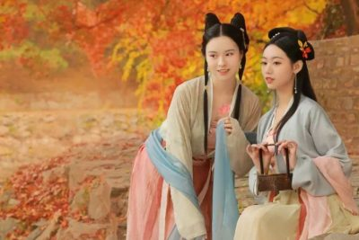 The Most Beautiful Hanfu In The Enchanting Golden Autumn