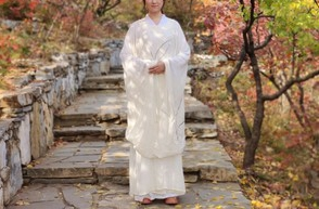 Chinese Style Hanfu Embroidered Round Neck Robe for Men And Women photo review